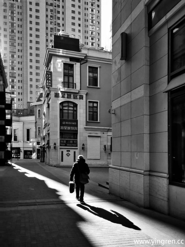 寂静的街头-裘治明